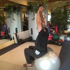 体幹と日常動作とスポーツ