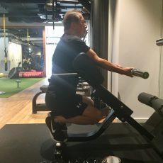 トレーニングが姿勢改善に役立つ