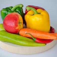 夏野菜と運動で夏の疲労対策を!